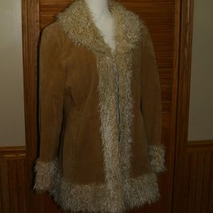 Chic and Stylish Giacca Leather and Faux fur Coat